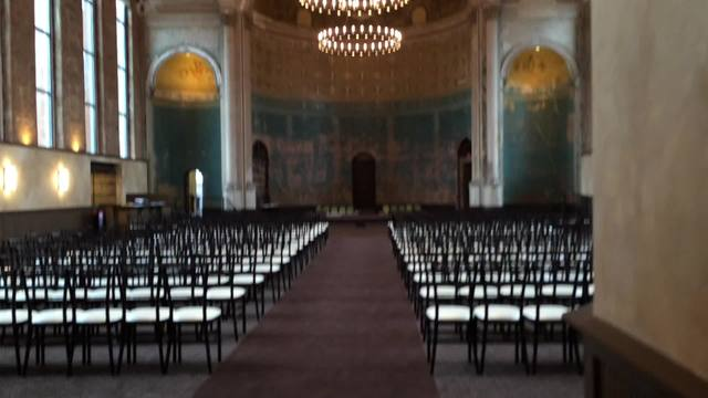 WATCH Why Couples Across The Country Want To Get Married At This Mt Adams Church