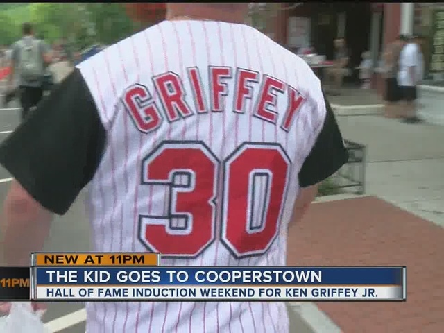 Crowd, anticipation building in Cooperstown for Ken Griffey Jr. induction