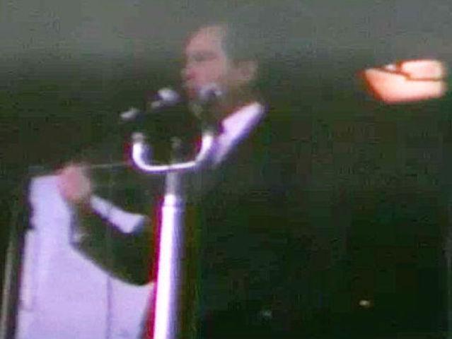 Richard Nixon says 'sock it to 'em' on 1968 whistle-stop tour