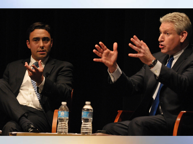 Two jewish groups will hold a moderated discussion on the clinton political pundit noah pollak left representing mitt romneys campaign and former us rep robert wexler representing president barack obamas campaign m4hsunfo