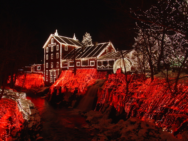 the legendary lights of clifton mill in 2005 - Christmas Lights In Dayton Ohio