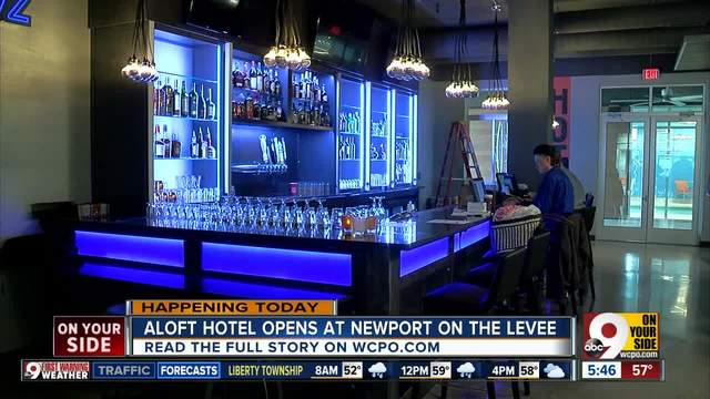 Aloft Hotel Partners With Local Companies In New Contemporary E At Newport On The Levee
