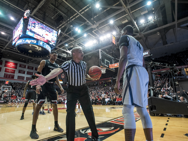 Top 25 basketball roundup: Xavier remains king of the Queen City