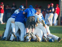 Simon Kenton gets hot at the right time