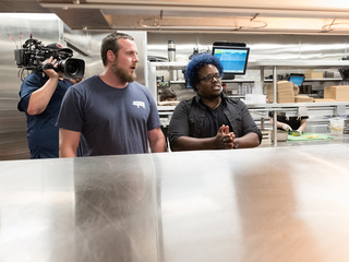 Cincinnati chef competing on Food Network show