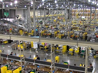 Experts: Amazon could bring up to 15K jobs
