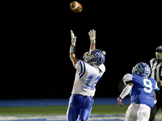 Winton Woods goes on with 61-27 win