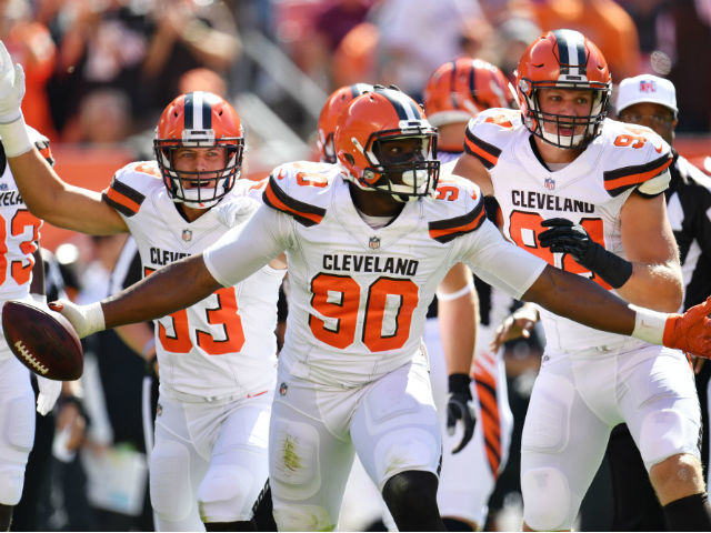 Mixon runs for 114, Bengals beat winless Browns 30-16