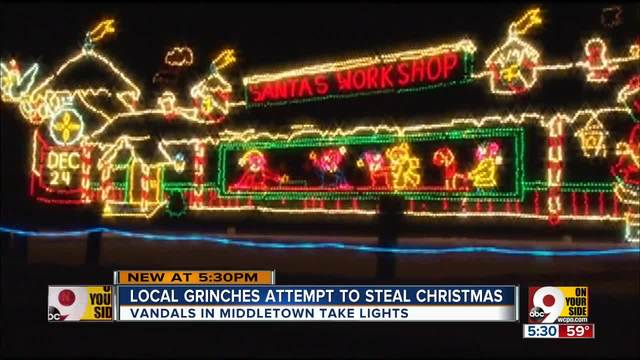 grinch steals lights from middletown christmas display - Grinch Stealing Christmas Lights