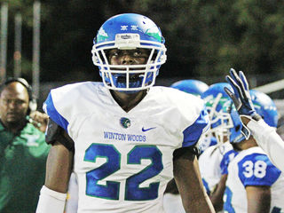 Winton Woods star linebacker signs with UK