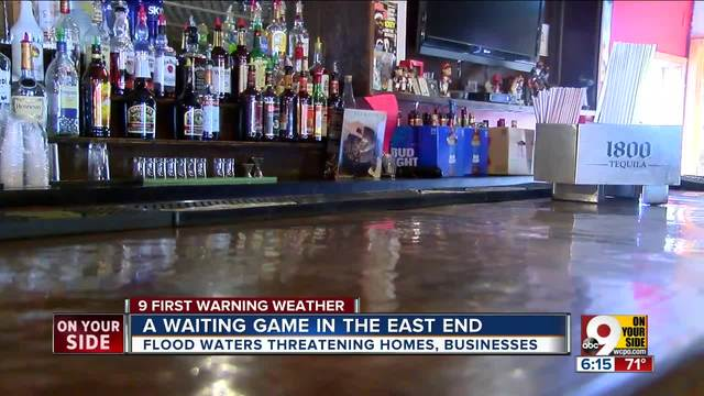 Ohio River floodwaters threaten businesses- homes