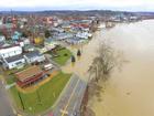 Aurora residents, businesses brace for flooding