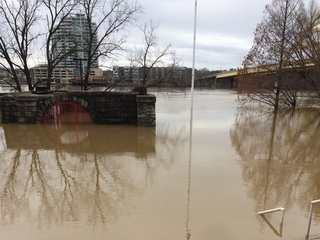 Ohio River expected to reach 60.6 feet today