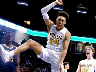 Moeller's Davenport shows what he's made of