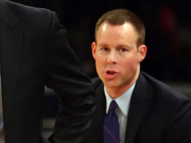Xavier promotes Travis Steele to head coach