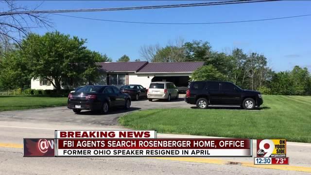 FBI agents at former Ohio House speaker Rosenbergeru0027s house Wilmington storage unit & FBI agents at former Ohio House speaker Rosenbergeru0027s house ...