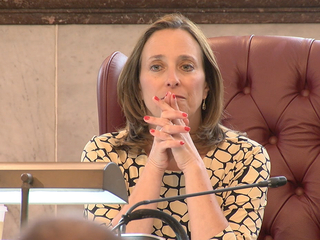 Council member looks for 911 solutions at event