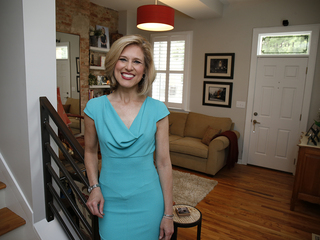 Home Tour: WCPO anchor basks in her past