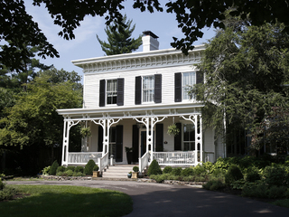Home Tour: Historic Gravelotte gets modern twist