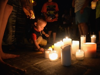 Hundreds mourn victims of Branson boat accident