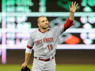 Reds, Nats get into old-fashioned beanball fight