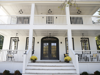 Home Tour: Come visit this 1911 colonial